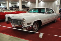 Cadillac Sedan Coupe DeVille
