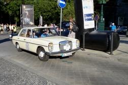 Mercedes-Benz 200/8