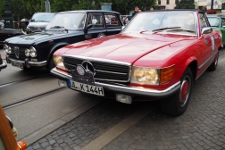 Mercedes-Benz 350 SL 107