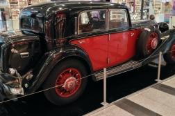 Mercedes-Benz 380-W22