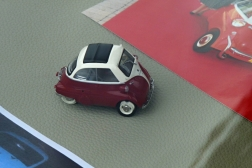 BMW Isetta 300 mini