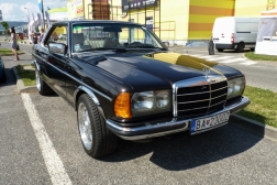 Mercedes-Benz W123 230CE
