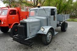 Tatra 27 B