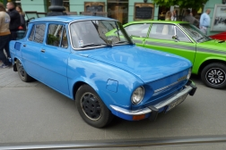 Škoda 100