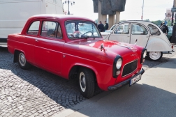 Ford Anglia 100E 2-Door